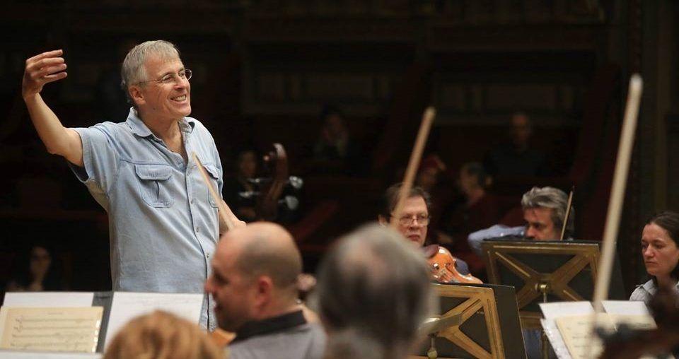 Christian Zacharias zum Ehrendirigent der George Enescu Philharmonie Bukarest ernannt