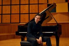 Martin-Stadtfeld-Pressefoto-8s-klein-2019-c-Ingrid-Hertfelder-Sony-Classical